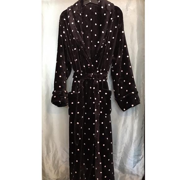 0bc3d6bfef88 Sonoma Intimates & Sleepwear | Black And White Polka Dot Robe Xl ...